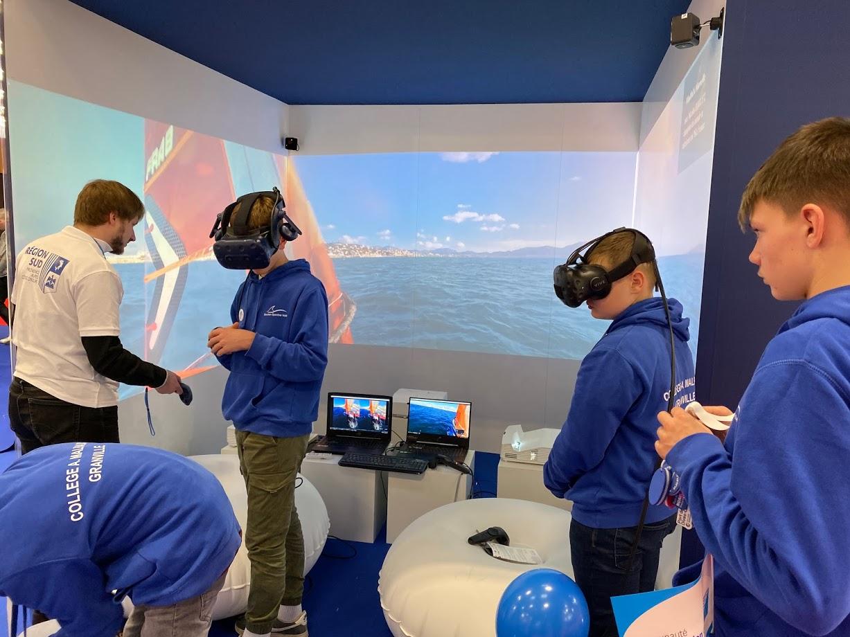 Démonstration de réalité virtuelle au salon NAUTIC à Paris